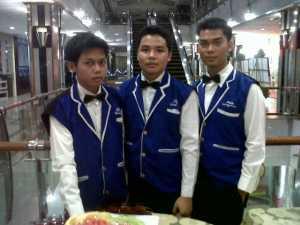 jasa-waiter-pramusaji1